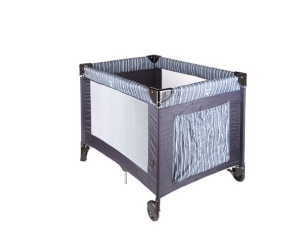 Used play pen and crib