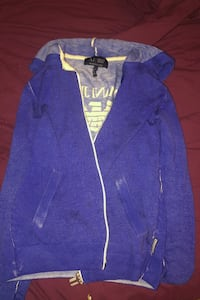 Ladies Armani zip up hoodie Kelowna, V1X 4R3