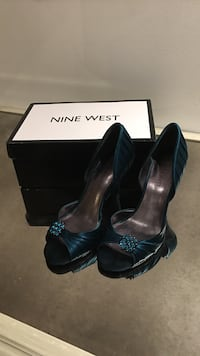 Nine West pumps size 7 Vaughan, L4K 5G8