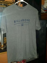 Billabong size medium Calgary, T2E 1P1