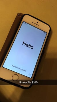 Silver iphone 5s with case 16GB Groton, 06340