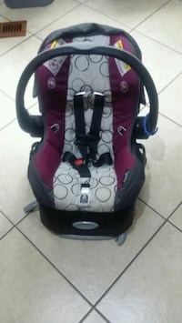 baby's black and red car seat carrier Germantown, 20876