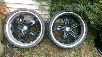 "22"" Car rims with two low profile tires"