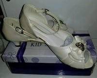 Elegant  shoes for girls   size 33 553 km