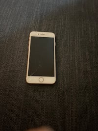 iPhone 8 rose gold  Mississauga, L4Y