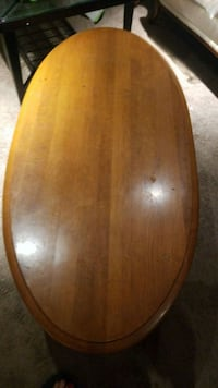 oval brown wooden coffee table London, N6E 2B2