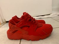 Red Huaraches, Size 5.5Y Toronto, M4X 1G6