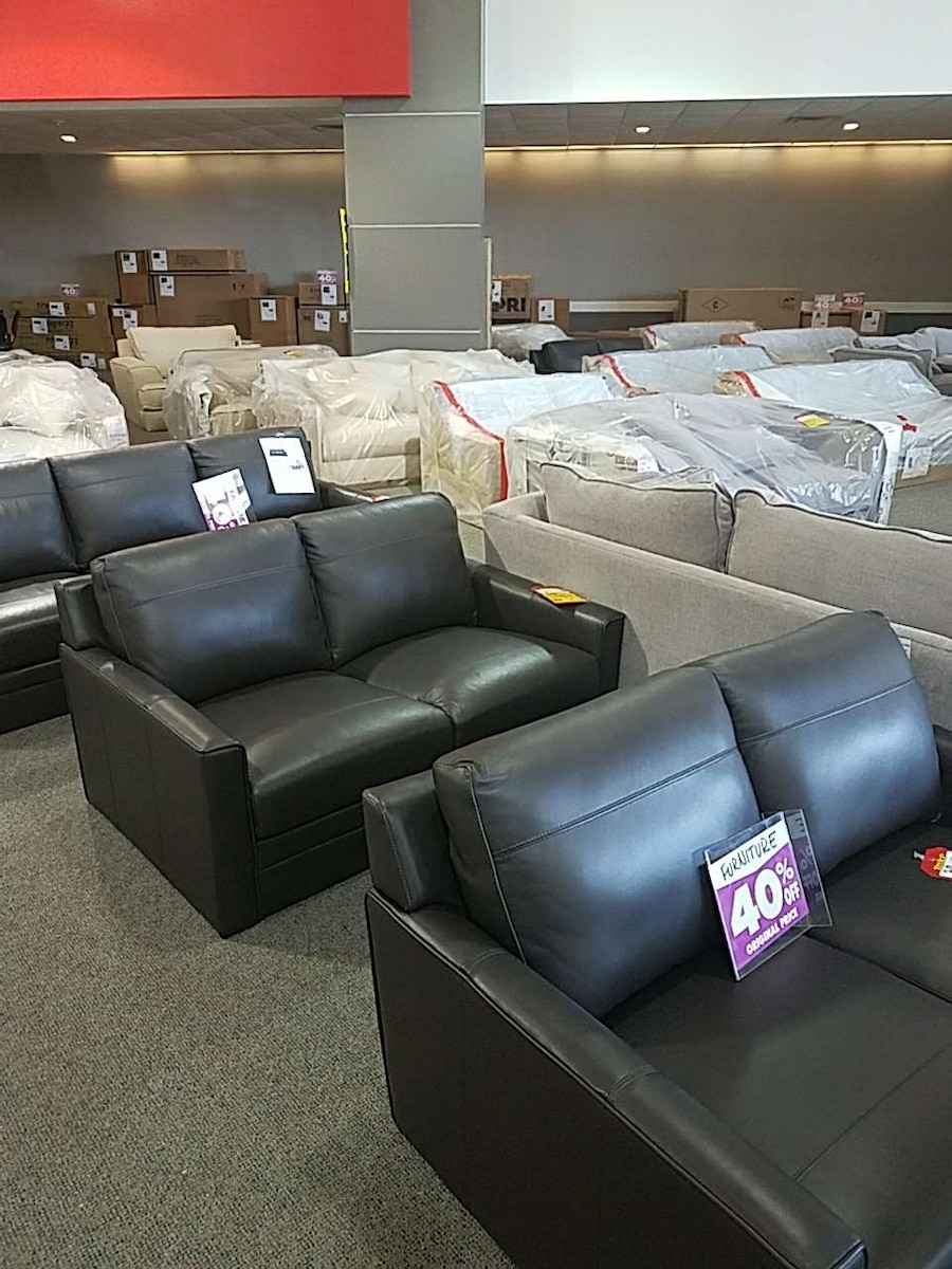 Used leather and cloth furniture in west melbourne