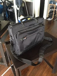 Lenovo lap top bag/ThinkPad bag Toronto, M1P 0B3