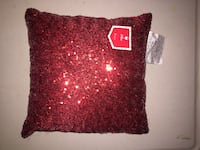 red throw pillow Los Angeles, 90011