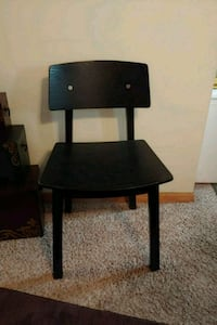 blk accent chair