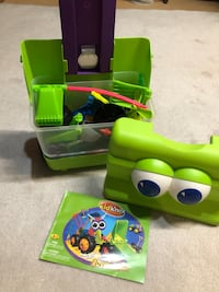 Kid K'nex with roll away carrying case $15
