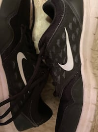 Nike athletic running shoes (size 10) Killeen, 76541