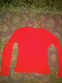 Red long sleeve size M Keystone Heights, 32656