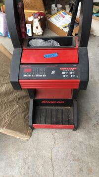 Snap -on battery charger