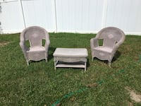 two brown wicker armchairs with coffee table Trinity, 34655