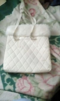women's white quilted bag 2060 mi