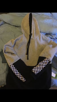 Checkered hoodie  Fayetteville, 28314