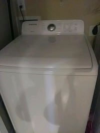 white front-load clothes washer Fayetteville, 28312