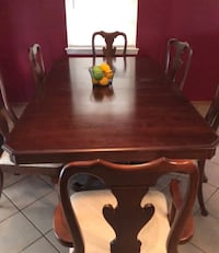 Dining set with 6 chairs. Oklahoma City, 73159