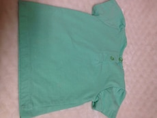 green crew neck bow accent T-shirt