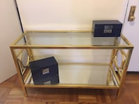 Gold console table New York, 10022