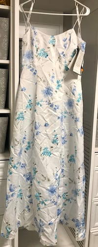 Never worn Macy's Dress with tags (original price $144) size 5/6 Vine Grove, 40175