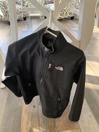 Youth Large Black Northface jacket.  Excellent condition.  $10 pickup in Gainesvulle Nokesville, 20181
