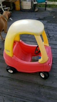 Little Tikes Cozy Coupe kids ridable car Frederick, 21702
