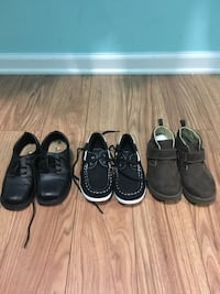 Toddler's three pairs of shoes Ashland City, 37015