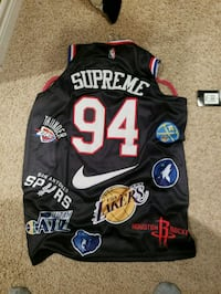 Supreme large jersey St. Catharines, L2R 5L8