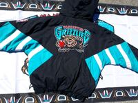 Vancouver Grizzlies starter pullover  Vancouver, V5X 1P6