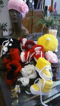 yellow and white knitted wreath Houston, 77020