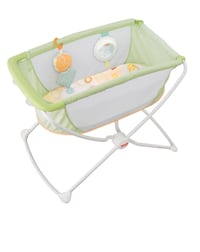 Fisher Price Portable Bassinet null