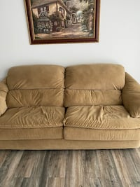 Couch  Boyds, 20841