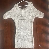 rickis knit tee shirt never worn size small Mississauga, L5M 3K4