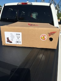 New Red Wing Boots  Mississauga, L5E