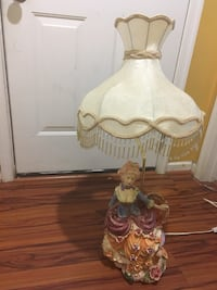 white and brown floral table lamp Fairfax, 22030