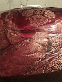 Waterford comforter queen size used only once for guests ! Overland Park, 66221