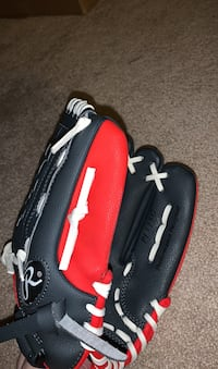 Baseball Glove - Size Medium/Large