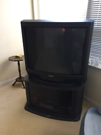 """Sony Tube TV 34"""" with TV Stand Markham, L3T 1Y9"""
