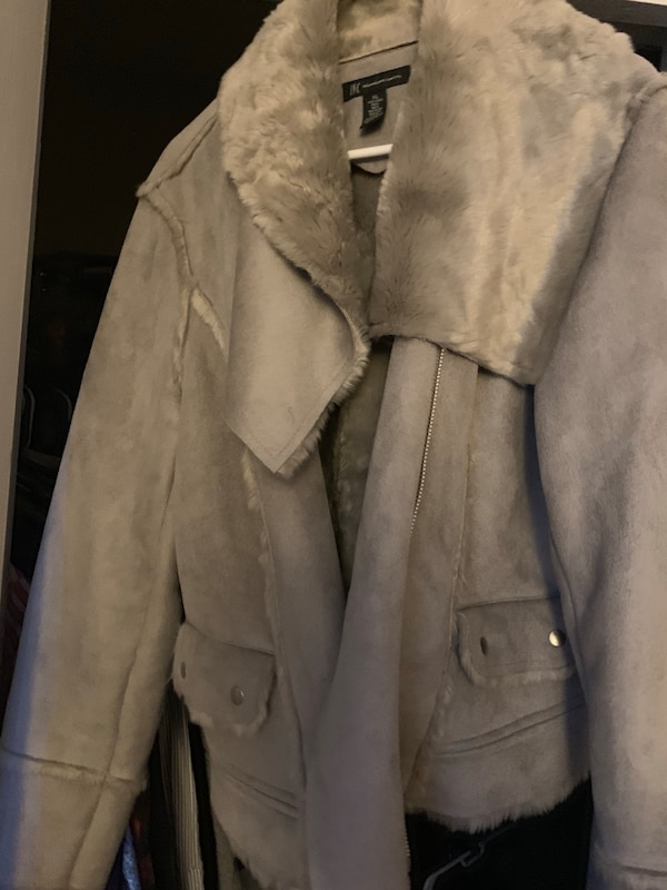 Faux Shearling in great condition XL