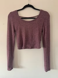 Maroon Coloured Cropped Open Back Long Sleeve London, N6E 1X2
