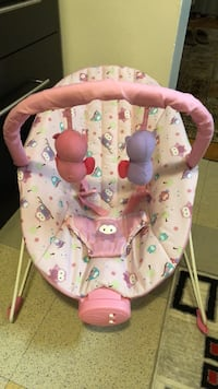 Baby's pink and white bouncer Toronto, M4C 5N1