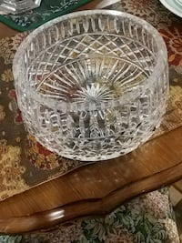 Exquisite crystal bowl, rare Laval, H7G 2W7