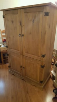 ***NEW PRICE Armoire for TV clothes or storage Rohnert Park, 94928