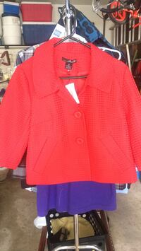 Women's jacket (size medium )