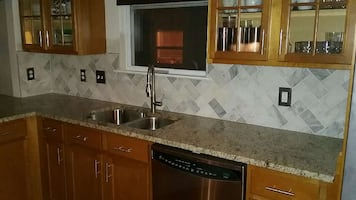 Remodeling houses, painting gabinets, all work