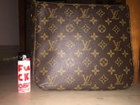 LV Bag London, N6C 1A3