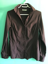 "Like New- Beautiful Women's Small ""Purple"" Ricki's Blouse"